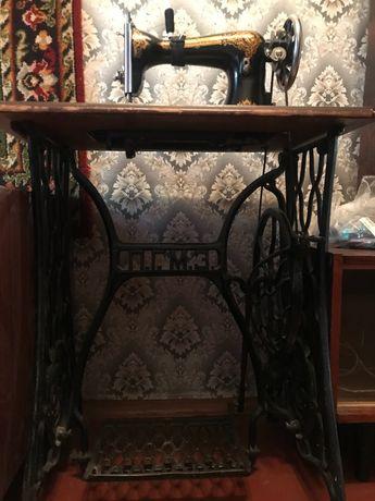 Швейная машинка ( П. Г. М. З. ) 650 грн