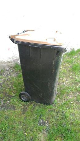 Niemiecki solidny Kosz na śmieci 240l