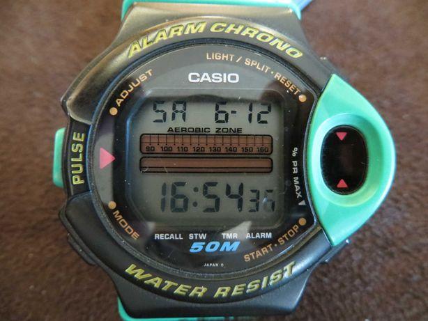 Relógio Casio com medidor de pulsações
