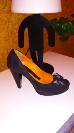 Туфлі нубук, чорного кольору