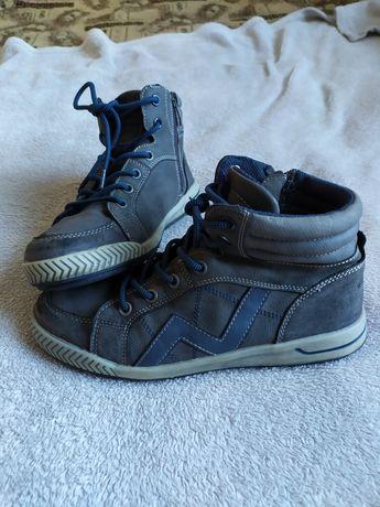 Ботінки, кросівки утеплені