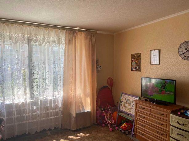 Продам 2х комнатную квартиру ЖМ  Приднепровск