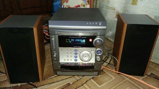 Музыкальный центр Samsung max-s520g