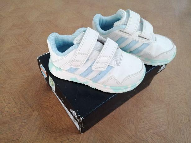 Buty adidas r 22