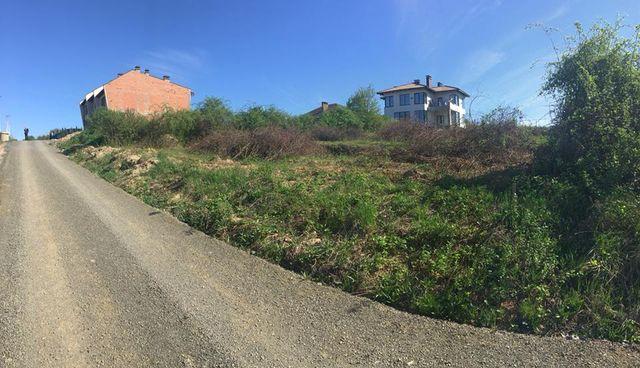 Участок під будівництво, Червениця, світло,вода, каналізація.