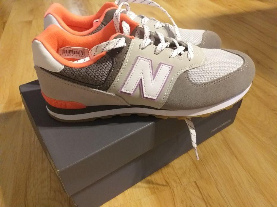 New Balance 574 buty damskie roz .39 GC574SOC Drużyna - image 1