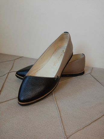 Взуття жіноче. Шкіряні балеткі