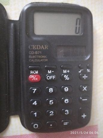 Калькулятор, в отличном состоянии
