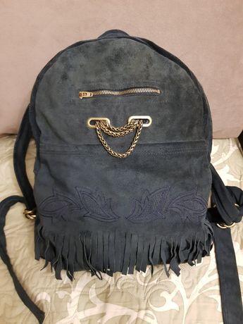 Большой вместительный замшевый рюкзак для мамы