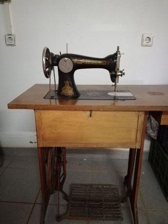 vendo máquina Singer antiga de 1929