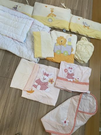 Pościel dla niemowlaka do lóżeczka Feretti, rożek, ochraniacz
