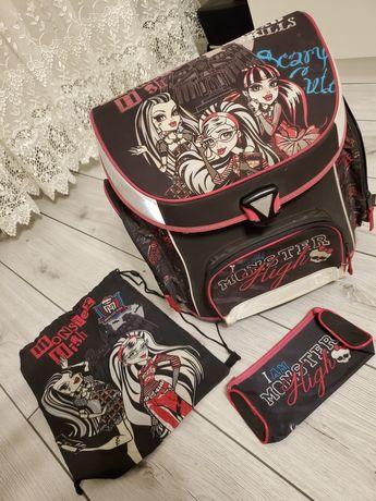 портфель,рюкзак..