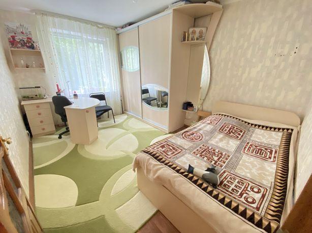 Продается просторная 3 комнатная квартира с автономный отоплением.