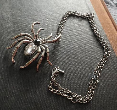 Naszyjnik Wisiorek Broszka Pająk Restyle Goth Castle Party Spider Rock