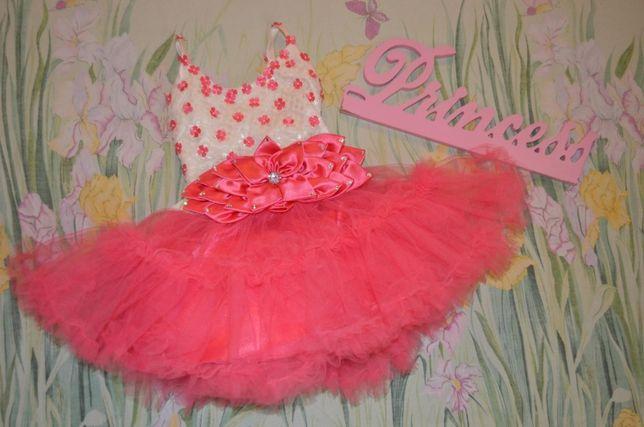 красивенное платье сукня 1-1,5 года
