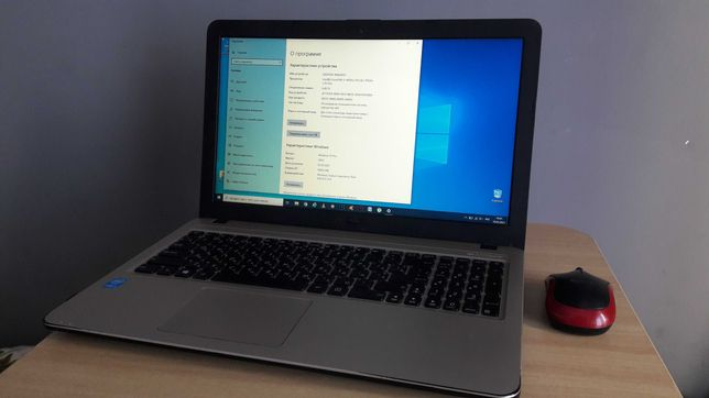 Ноутбук Asus X540L в хорошем состоянии  + мышка и сумка в подарок!