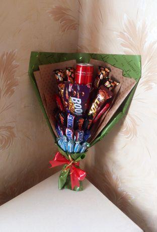 Сладкий подарок, розы с конфетами маме, сестре, любимой, на 8 марта