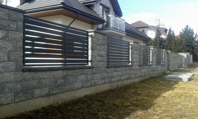 Ogrodzenia z pustaka łupanego typu Joniec, panelowe, klinkierowe.