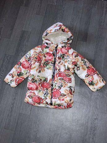 Детская зимние курточки.