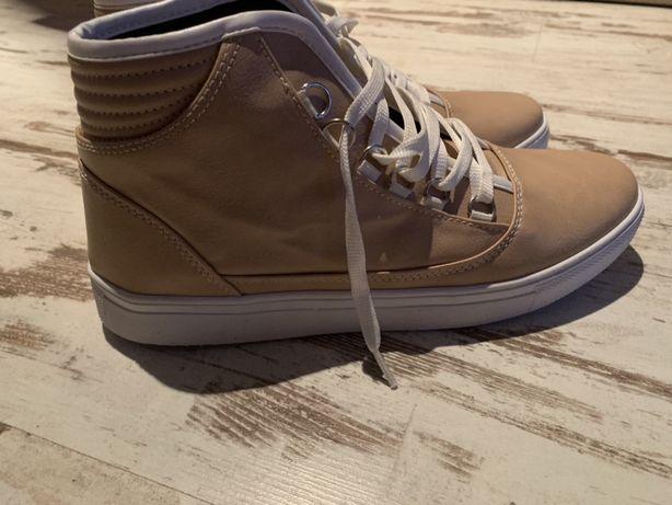 Buty barbossa 42 bezowe meskie