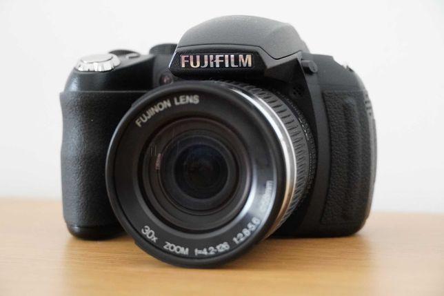 Máquina Fujifilm HS10