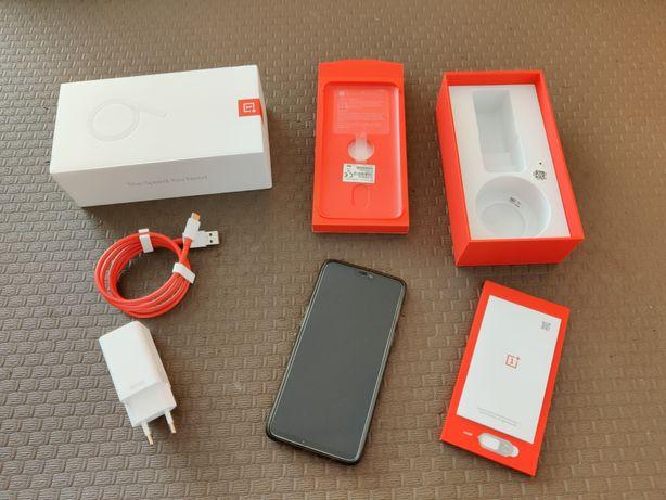 Vendo OnePlus 6 8gb/128gb usado.