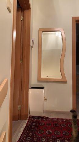 Asymetryczne lustro drewno jesion