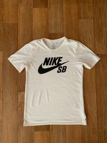 Оригинальная футболка Nike SB