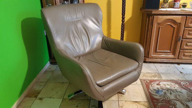 Fotel skórzany wypoczynkowy obrotowy
