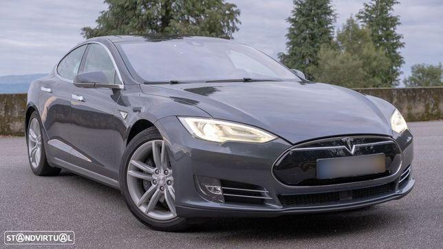 Tesla Model S 85 Autopilot Dual Charger