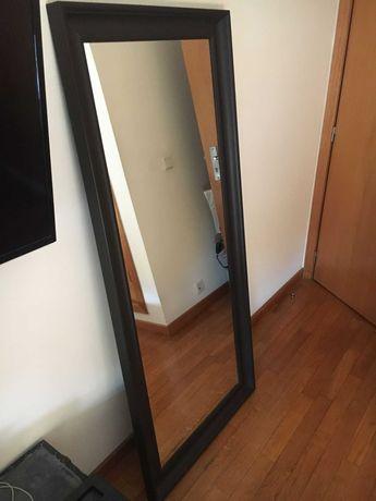 Espelho de Parede com Moldura (Novo)