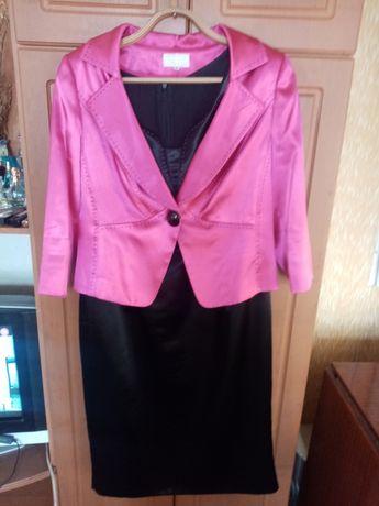 Продам платья с пиджаком