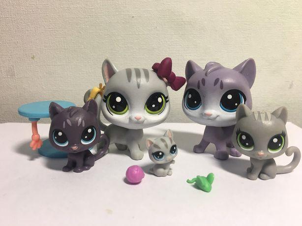 Продам LPS Hasbro. Littlest Pet Shop семья котов