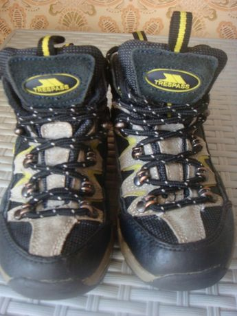 Ботинки Trespass размер 28.