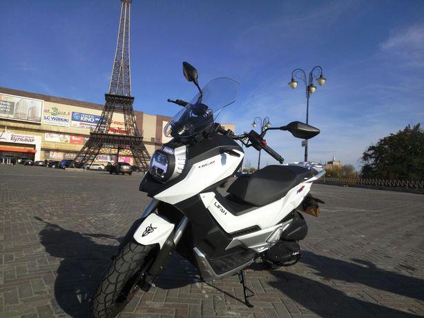 Новый скутер Lifan kpv 150
