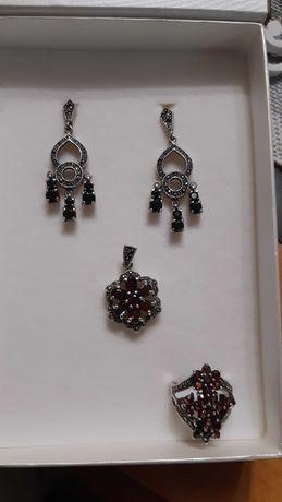 Biżuteria z granatami naturalnymi w połączeniu z markazytami