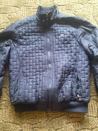 Зимова курточка в ідеальному стані