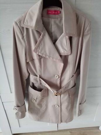 Płaszcz jesienny beżowy