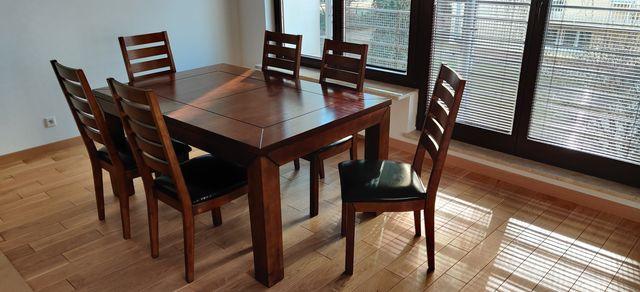 Drewniany stół i 6 krzeseł