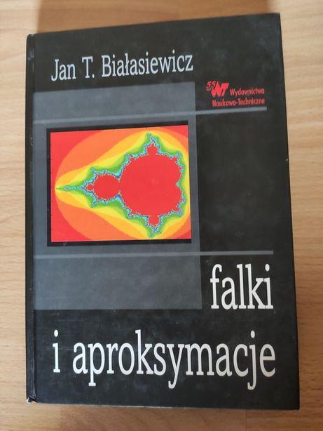 Falki i aproksymacje