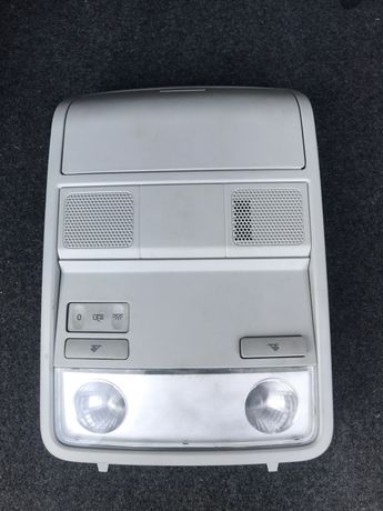 Продам консоль потолка Volkswagen Passat B7