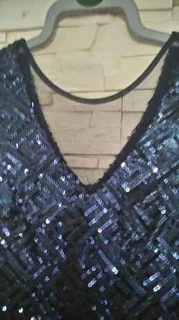 Sukienka S M z cekinami śliczna