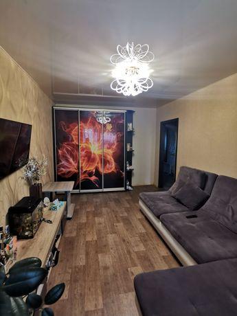 Продам 3х комнатную квартиру с мебелью и техникой.