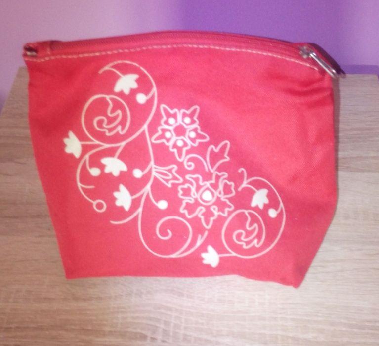 Bolsa de maquilhagem vermelha