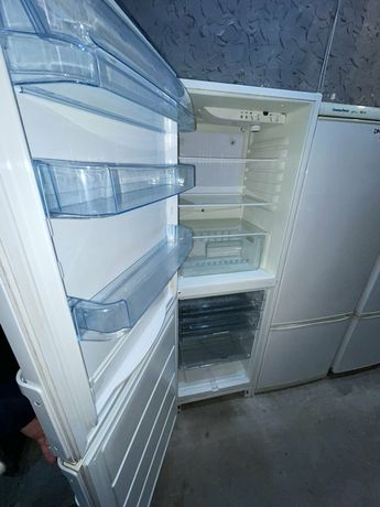 Бюджетный недорогой холодильник. Двухкамерный. С доставкой