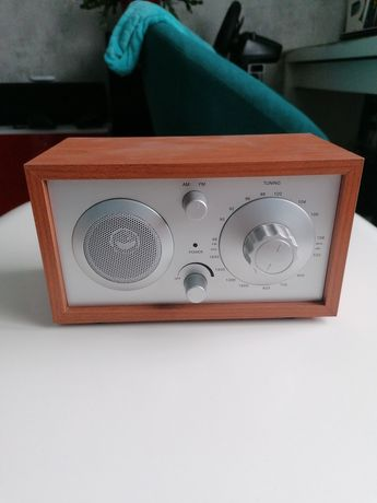 Radio firmy Azusa