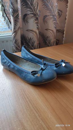 Туфлі-балетки жіночі нові 39розмір