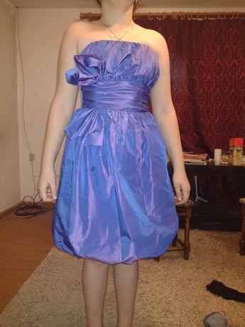 Sukienka Bombka w nietypowych odcieniach