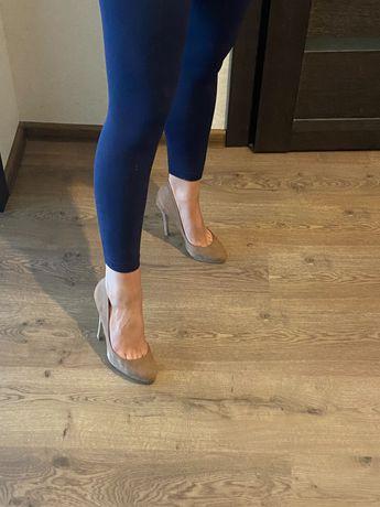 Туфли бежевые Aldo на высоком каблуке