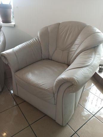 Skórzane fotele wypoczynkowe, 2 sztuki